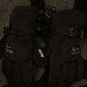 Woman's Kombi gloves size small